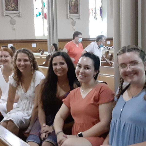 Welcome new Jesuit Volunteers
